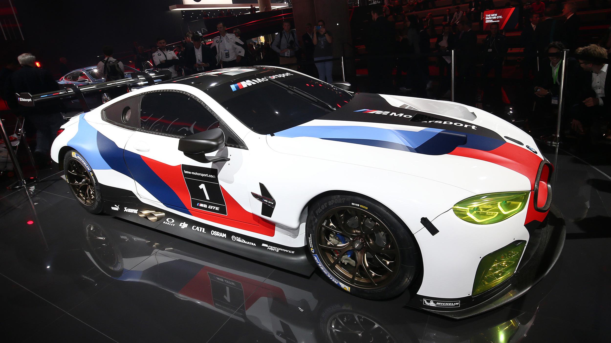 BMW、次期型「M8」のレース用車両を公開 ル・マン24時間レースにも復帰