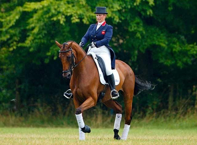 zara-phillips-baby-mia-horse-riding