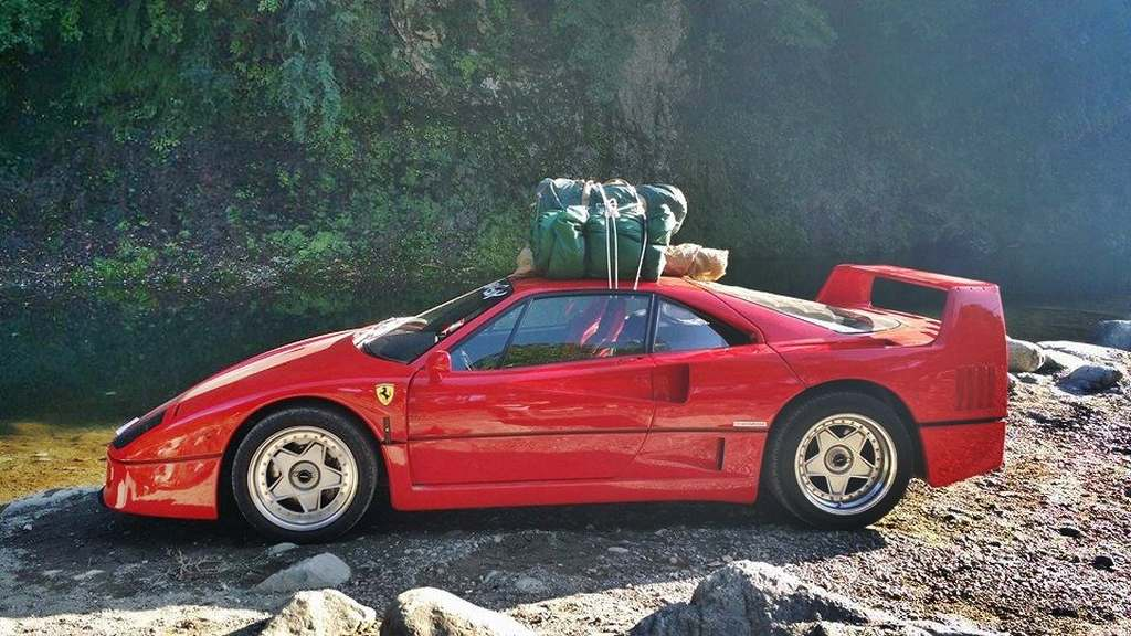 Ferrari F40, bizarr, skurril, lustig, komisch, witzig, funny, Ferrari Camper, F40,