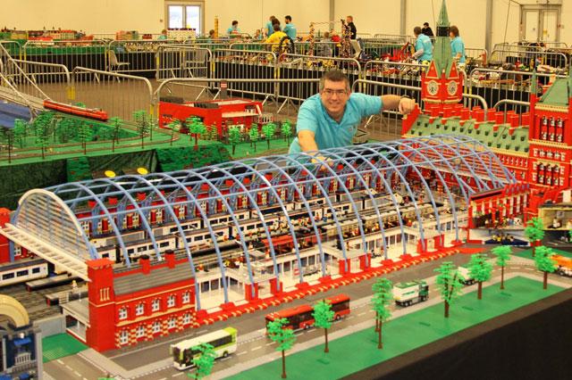 Lego master builder Warren Elsmore