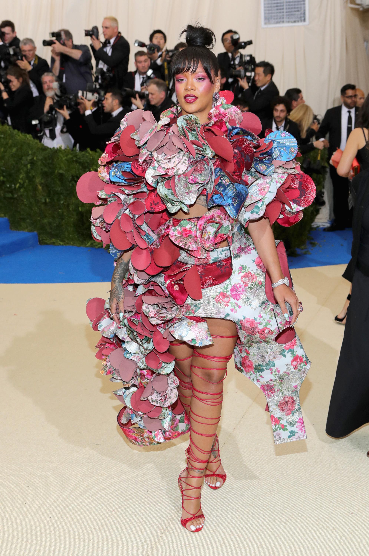 La Robe De Rihanna Au Met Gala 2017 A 233 Clips 233 Toutes Les