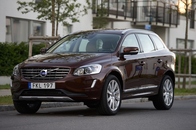 Volvo XC60, exterior, side, front