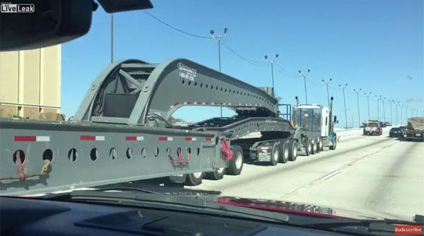 何用だよwww アメリカのトラックがめちゃくちゃ長くてハンパねぇ!【動画】