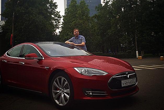 Dmitry Grishin Tesla Model S