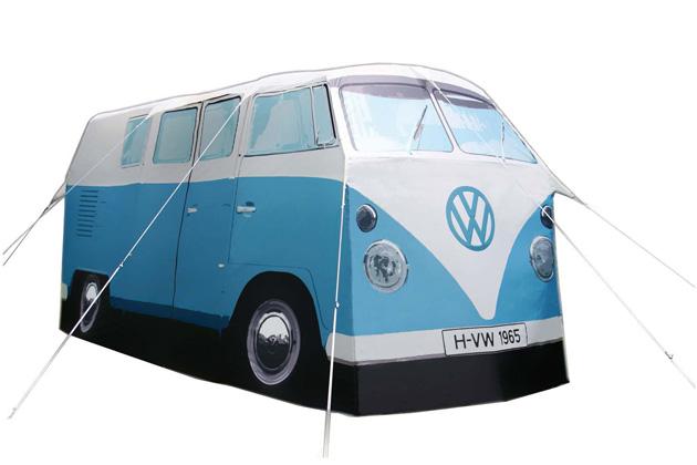 フォルクスワーゲン正規販売店に行くと、今度は抽選で「ワーゲンバス」型テントをプレゼント