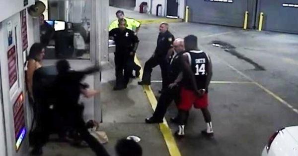 florida cop beats up handcuffed woman, jacksonville cop fired