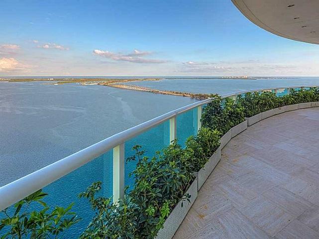 view 2127 Brickell Ave APT 4000 Miami