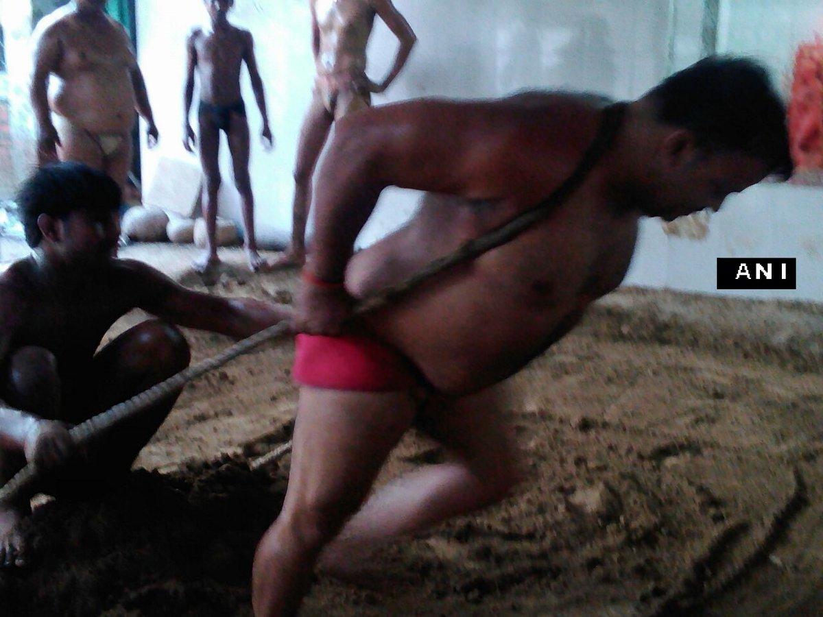 Salmankhan naked coke photos