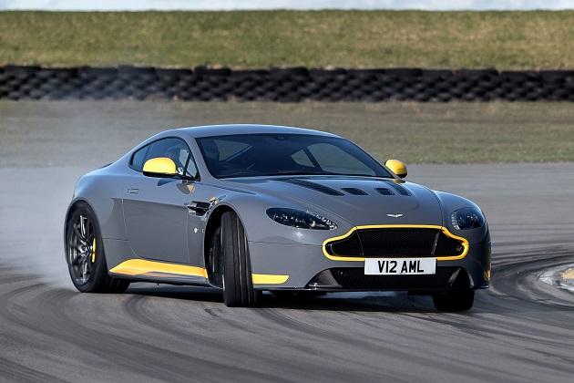 アストンマーティン、「V12ヴァンテージS」に7速マニュアルを設定