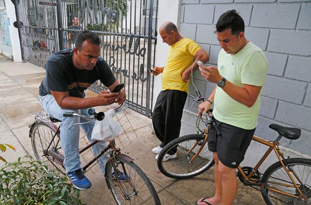 Coding marathon aims to help Cubans get around internet restrictions