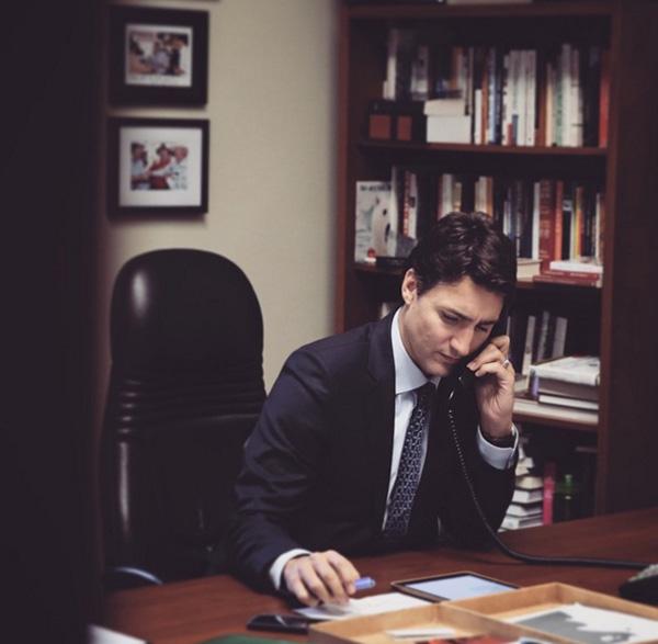 カナダの新首相、ジャスティン・トルドー氏(43歳)がイケメンすぎると話題に【動画】