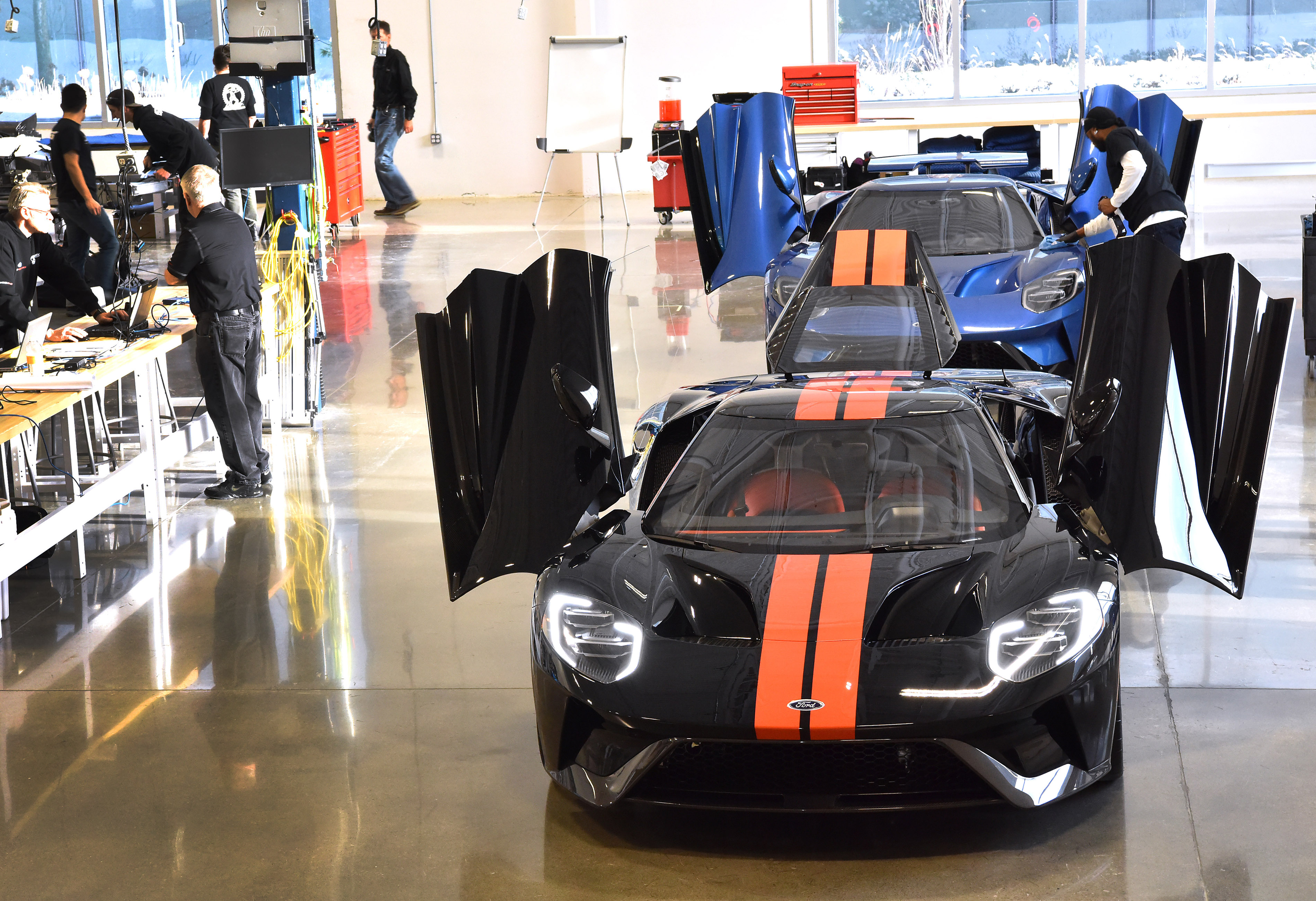 Take a Ford GT factory video tour with Forza Motorsport