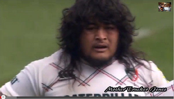 若き時の武藤敬司っぽいラグビー選手