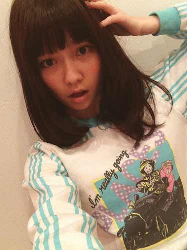 AKB48島崎遥香が向井地美音に私服をディスられる!→反撃が無慈悲すぎる
