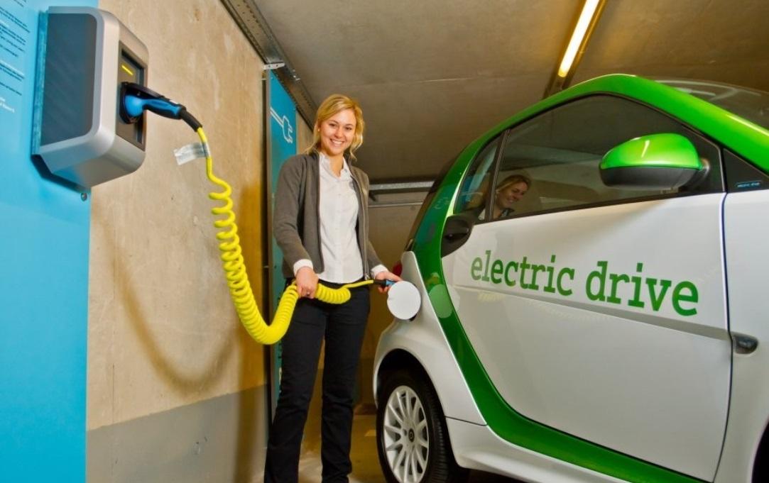 E-auto, elektromobilität. elektro-autos, kauf, deutschland, emission, lokal emissionssfrei, Umweltschutz, umweltverträglich, elektro auto, featured, umfrage studie, e-car, green car,