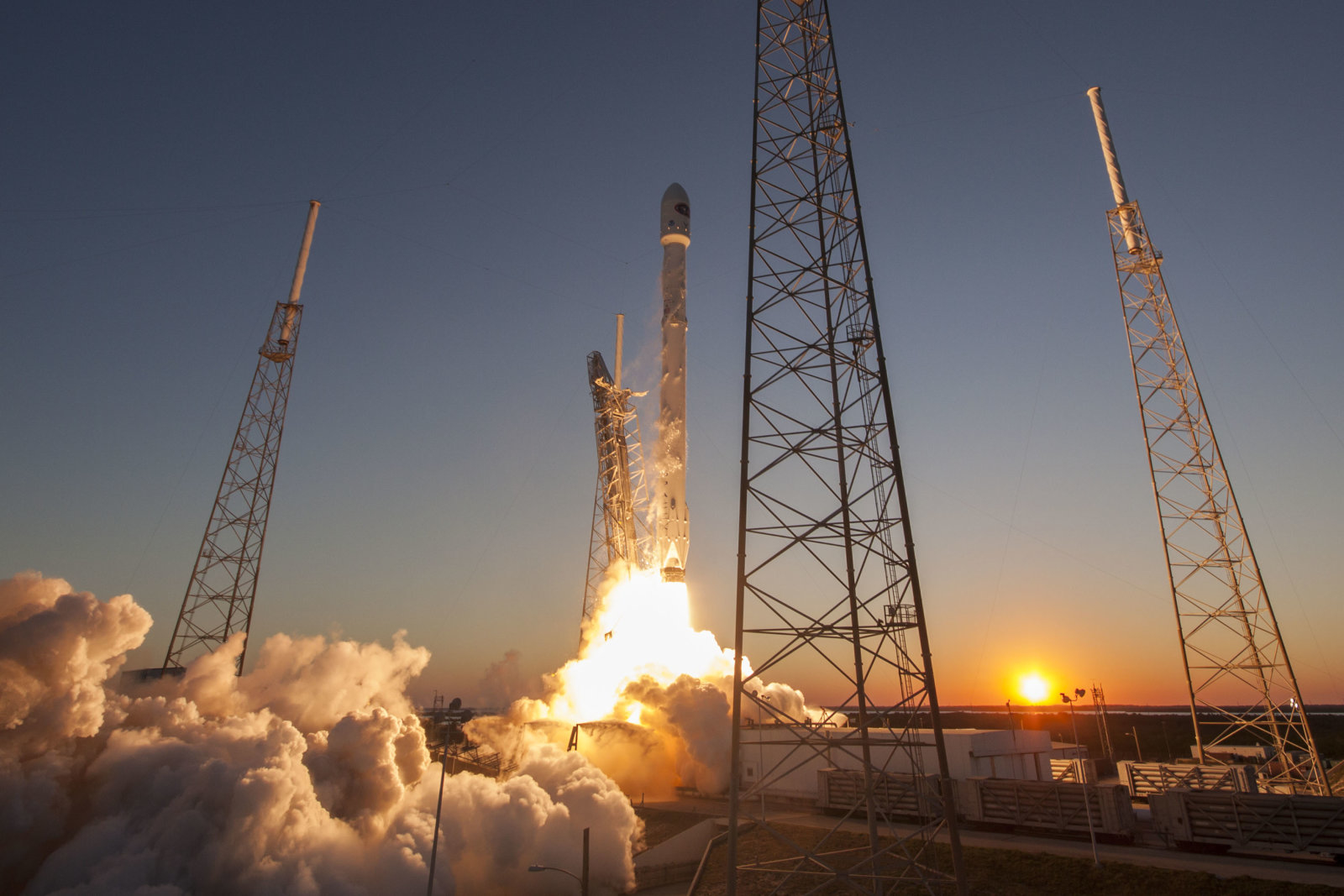 CAPE CANAVERAL, FL - FEBRUARY 11: In this handout provided by the National Aeronautics and Space Administration (NASA), SpaceX's Falcon 9 rocket lifts off from Launch Complex 40 carrying the Deep Space Climate Observatory (DSCOVR) satellite on SpaceXs first deep space mission at Cape Canaveral Air Force Station on February 11, 2015 in Cape Canaveral, Florida. (Photo by NASA via Getty Images)