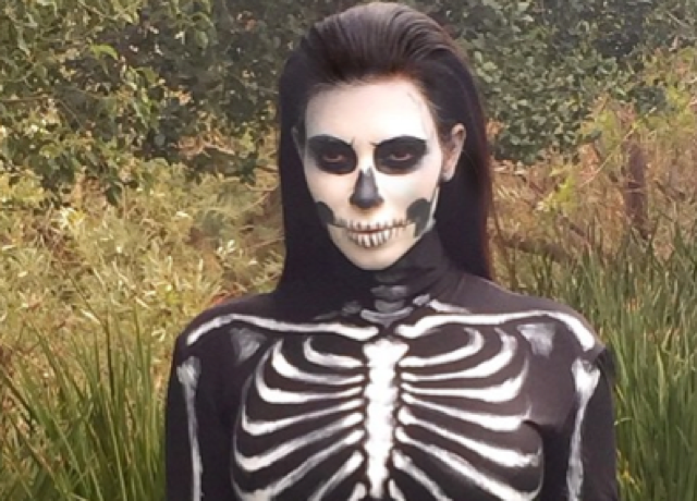Kim Kardashian does two Halloween costumes: Anna Wintour and a skeleton