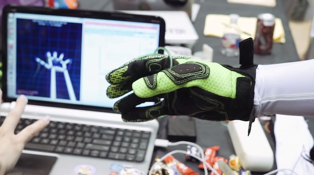 Wireless glove adds touch to VR video games