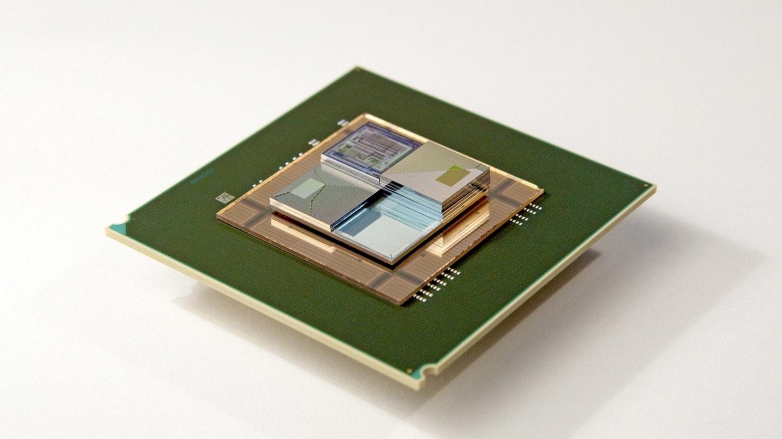 Estas diminutas baterías líquidas dan vida a chips mientras lo refrescan