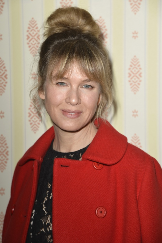 Renee Zellweger Paris Fashion Week