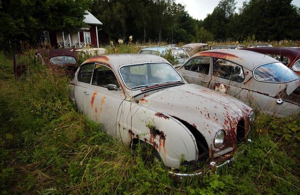 Cementerio de coches de Bastnas