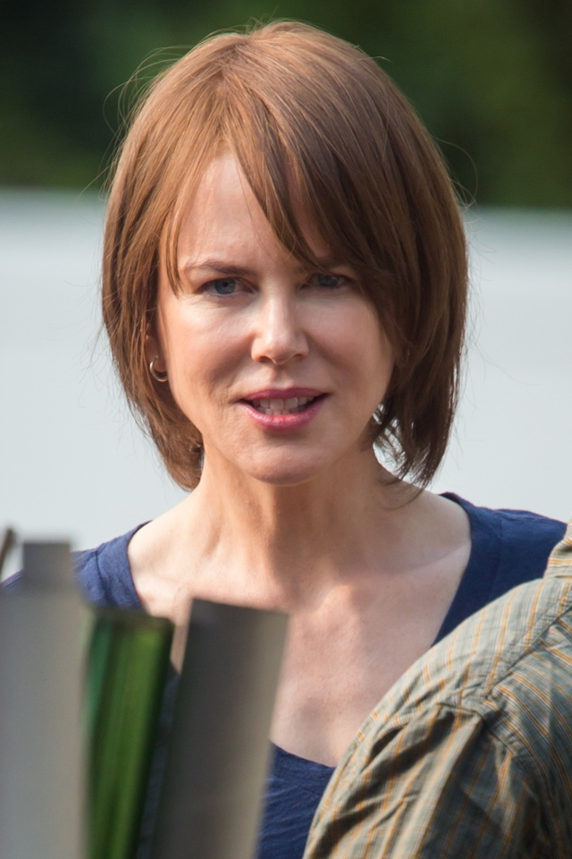 Nicole Kidman shows off brown bob on set of The Family Fang