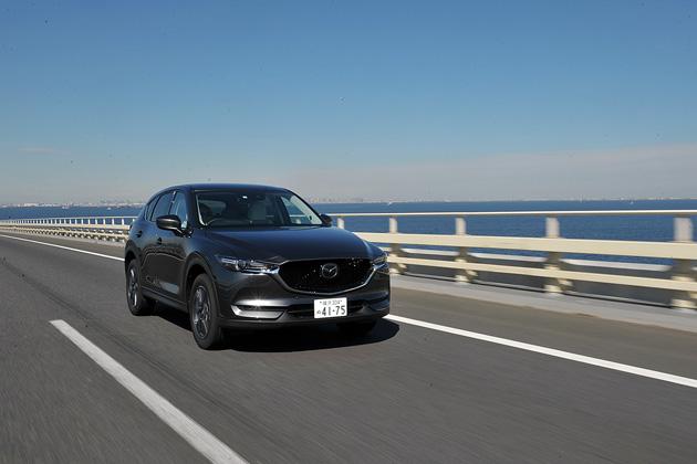 マツダ、新世代現行モデル5車種の全グレードに先進安全技術を標準装備化すると発表