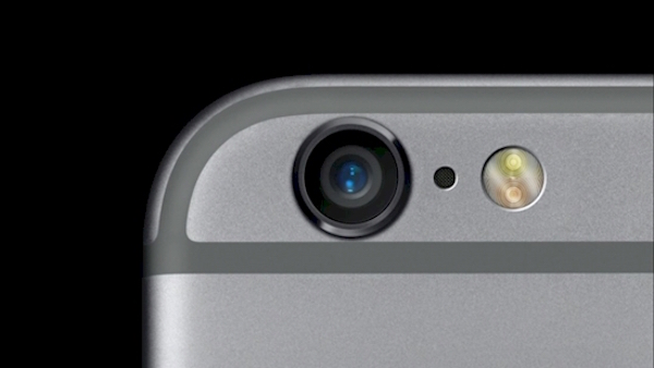 That 'Random' Hole Next To Your iPhone Camera Is Actually A Noise Cancelling Microphone