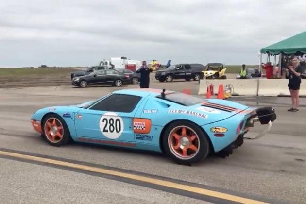 【ビデオ】2006年型フォード GTが、1マイルの世界最速記録を更新! その速度は約472.5km/h!