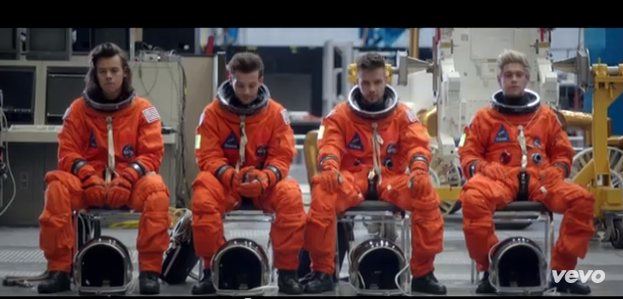 one direction drag me down music video