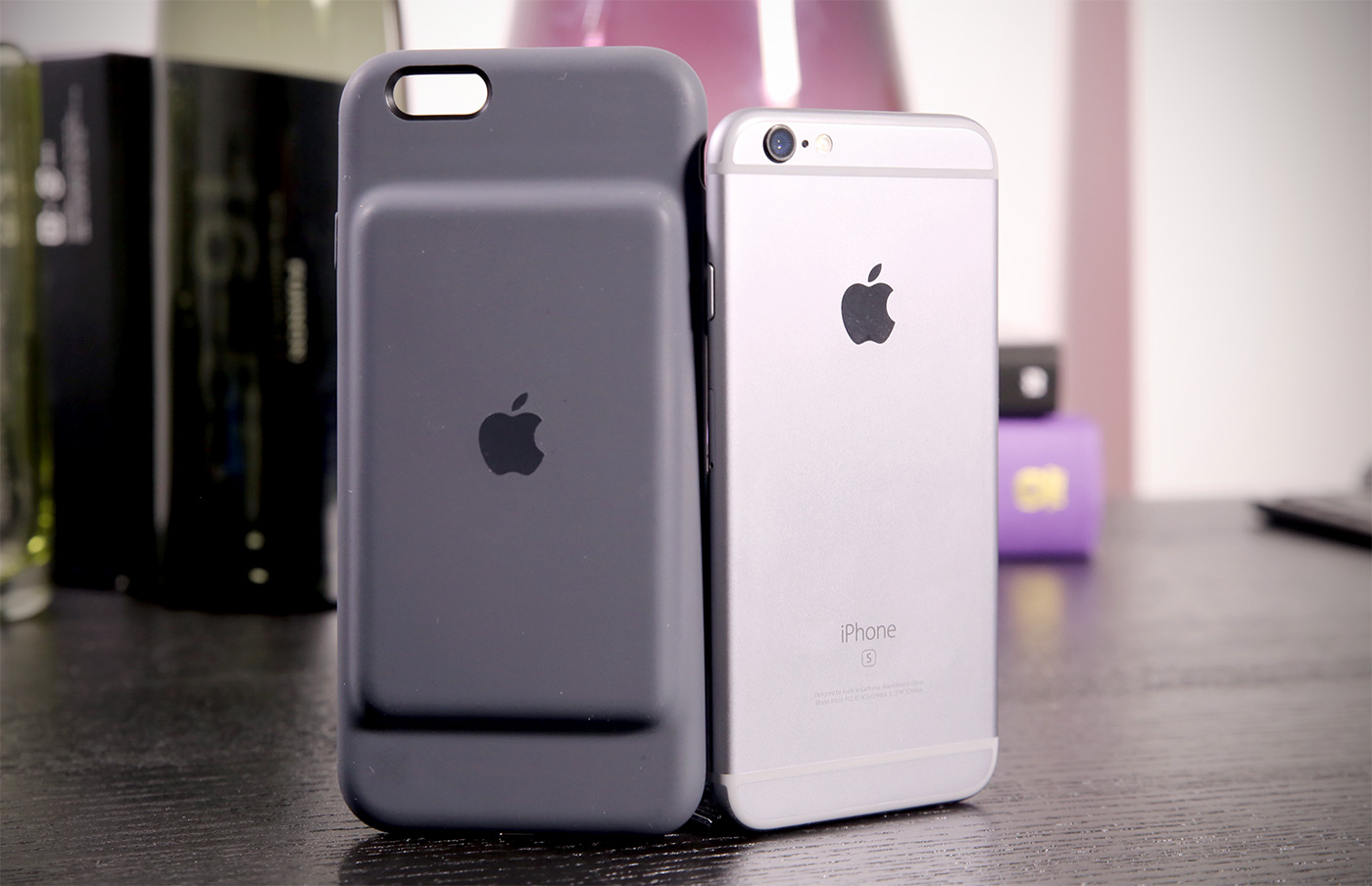 Apple $99 Smart Battery Case