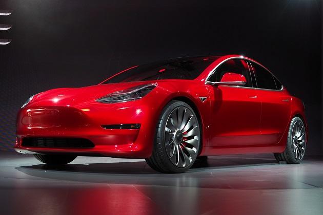 テスラ、「最も価値がある自動車ブランド」トップ10からフォクルスワーゲンを追い落とす