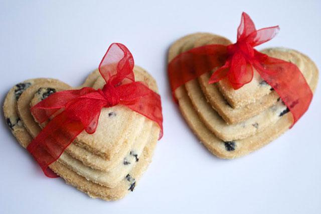 valentine day recipe love heart biscuits