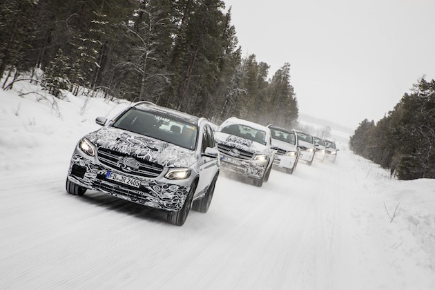 Mercedes-Benz GLC F-CELL: Die Entwicklung und Erprobung des GLC F-CELL: Der Weg in die Serie führt über intensive Funktions- und Dauerbelastungstests einzelner Komponenten und später auch der kompletten Versuchsfahrzeuge.   Mercedes-Benz GLC F-CELL: The development and testing of the GLC F-CELL: The road to series production goes by way of intense functional and fatigue tests of individual components and later also of the complete test vehicles.