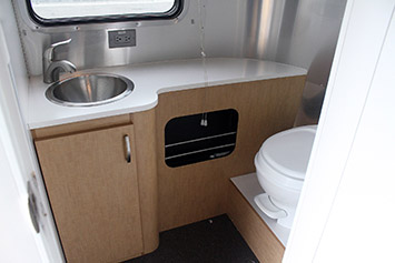 Airstream sport 22 travel trailer review w video autoblog for Ecobatt insulation reviews