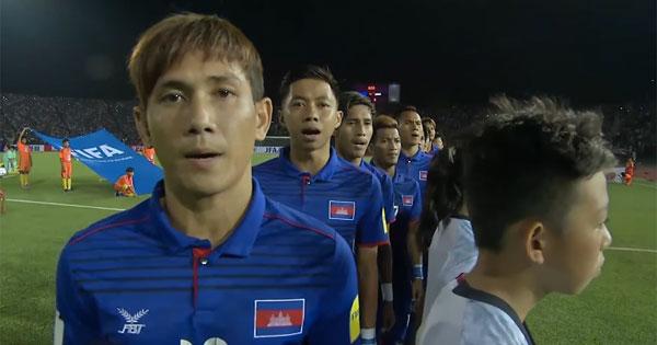 あなどれない!東南アジアのサッカー新興国カンボジアに大苦戦 才能あるキーパー、本田のシャツ強奪選手の逸材ぶり