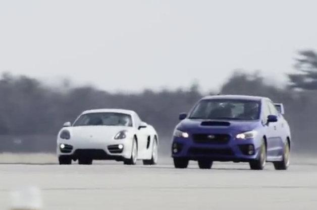 【ビデオ】スバル「WRX STI」とポルシェ「ケイマン」の1マイル(1.6km)走行対決!