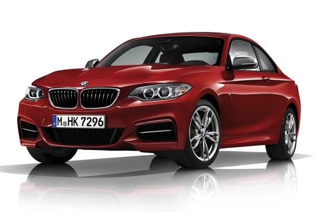 BMW、よりパワフルになった「230i」と「M240i」を発表