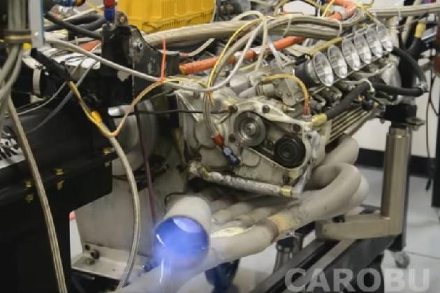【ビデオ】1970年代のフェラーリF1用エンジンが、ダイナモテストで青い炎を放つ!