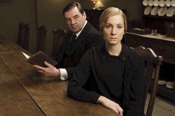 英国発、視聴率40%超えの超人気ドラマ『ダウントン・アビー』 美しすぎるメイド役、ジョアン・フロガットに最新シーズン4について直撃!