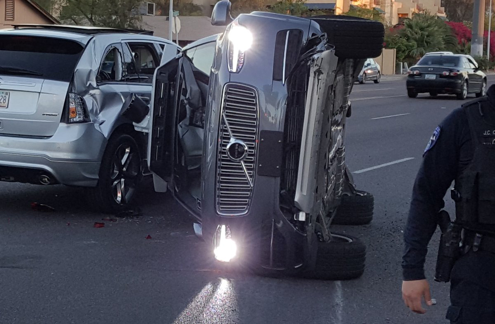 uber-self-driving-crash-fresco-news.jpg