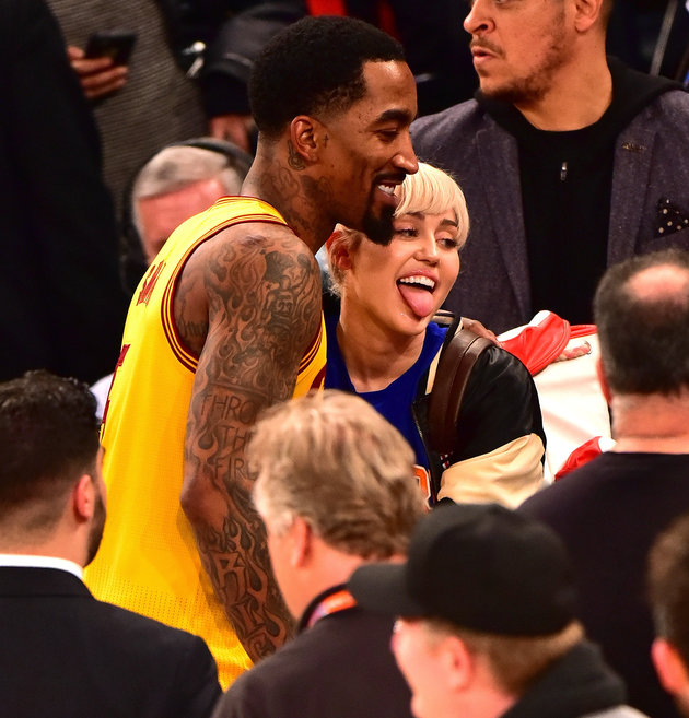 NEW YORK, NY - MARCH 26:  Miley Cyrus meets J.R. Smith after the Cleveland Cavaliers vs New York Knicks game at Madison Square Garden on March 26, 2016 in New York City.  (Photo by James Devaney/GC Images)