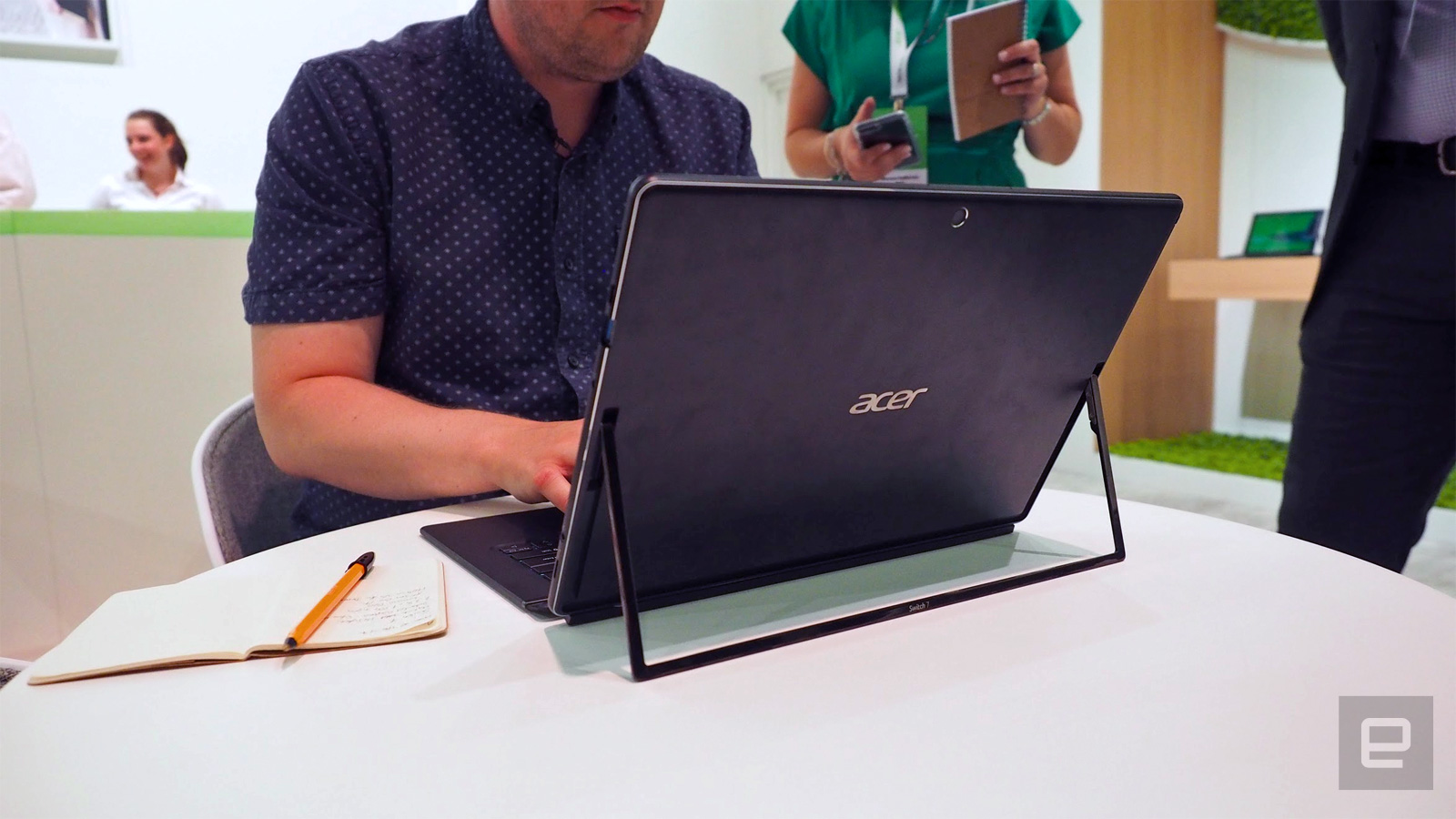 Acer Switch 7: Gute Surface Alternative