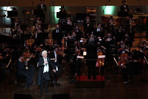 玉置浩二「長年の夢」初のフルオーケストラによるコンサートを開催