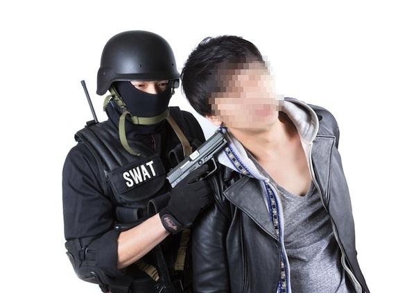 【バカ】ナルシストすぎる容疑者が警察SNSに「もっとカッコいい写真使って」と投稿
