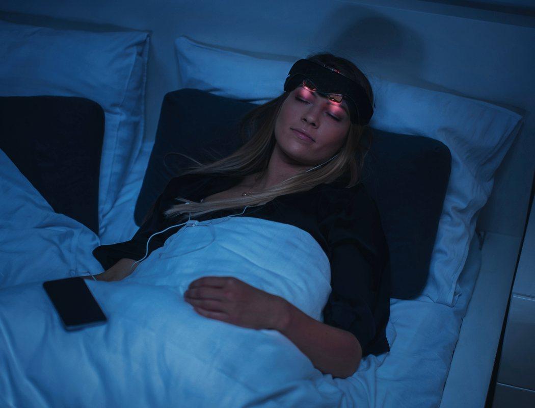 Neuroon Open: Wearable für perfekten Schlaf