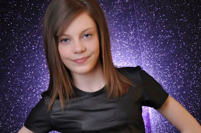 Girl, 12, bullied for being slim lands modelling contract