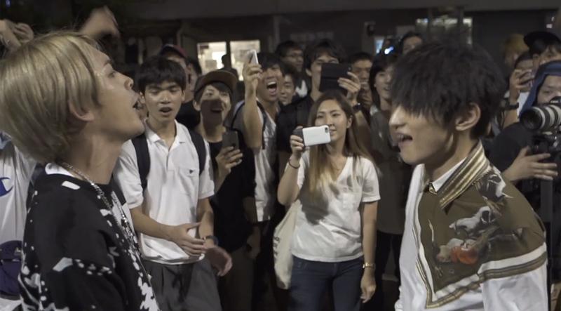 SKY-HI&SALUがサプライズで登場! 渋谷の夜をわかせたフリースタイルバトルがアツすぎる【動画】
