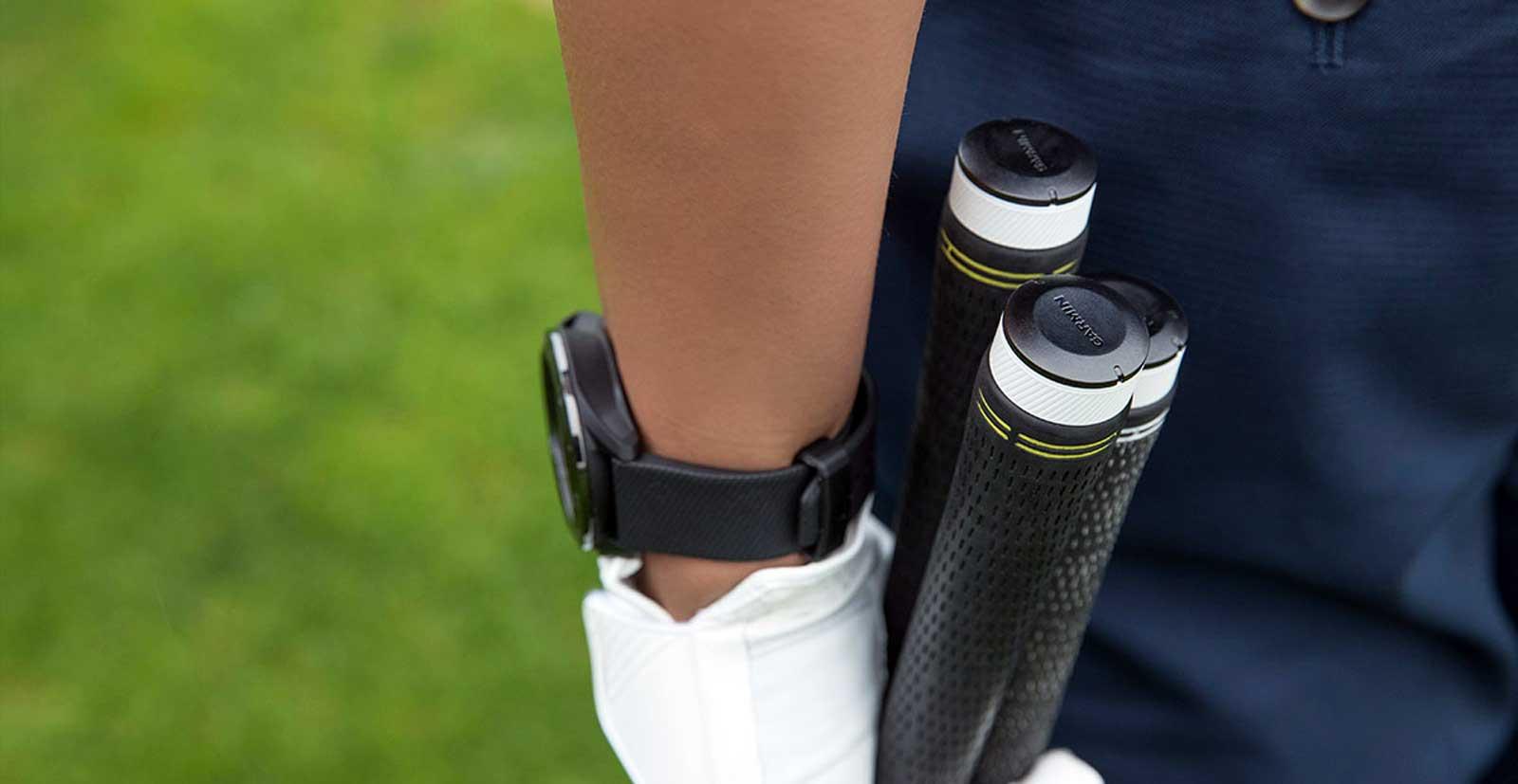 Garmin's latest golf tracker helps you choose the right club