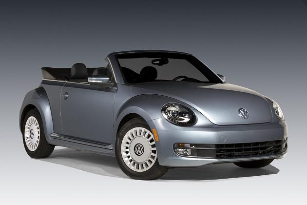 フォルクスワーゲン、ジーンズをモチーフにした「ザ・ビートル」の限定モデルを米国で発表!